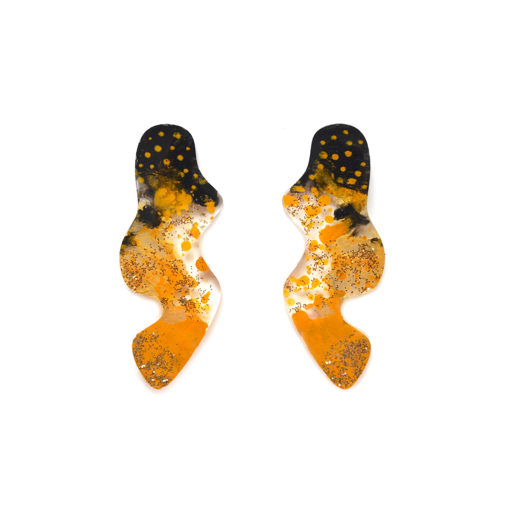 Black and Gold Abstract Wavy Squiggle Resin Stud Earrings