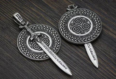 viking-sword-necklace