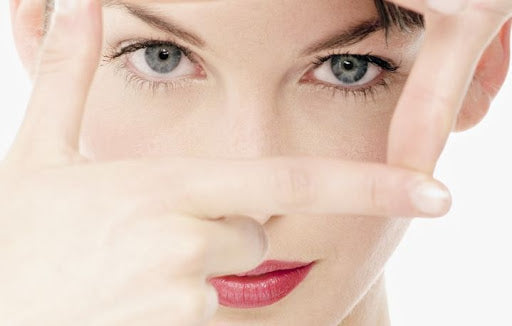 WHY DO DARK SPOTS APPEAR ON OUR SKIN? AND HOW CAN WE TREAT THEM?