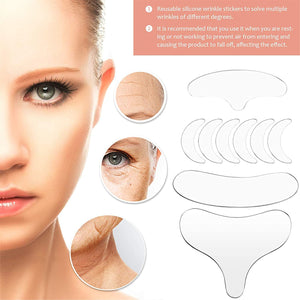 Silicone pad for neck and face care