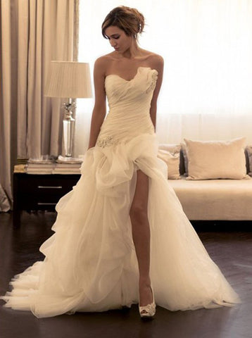 products/fitted-wedding-dress-with-slit-pickup-wedding-dress-strapless-bridal-dress-wd00282-1.jpg
