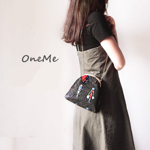 OneMe Pretty Gals Handmade Vintage Messenger Bag