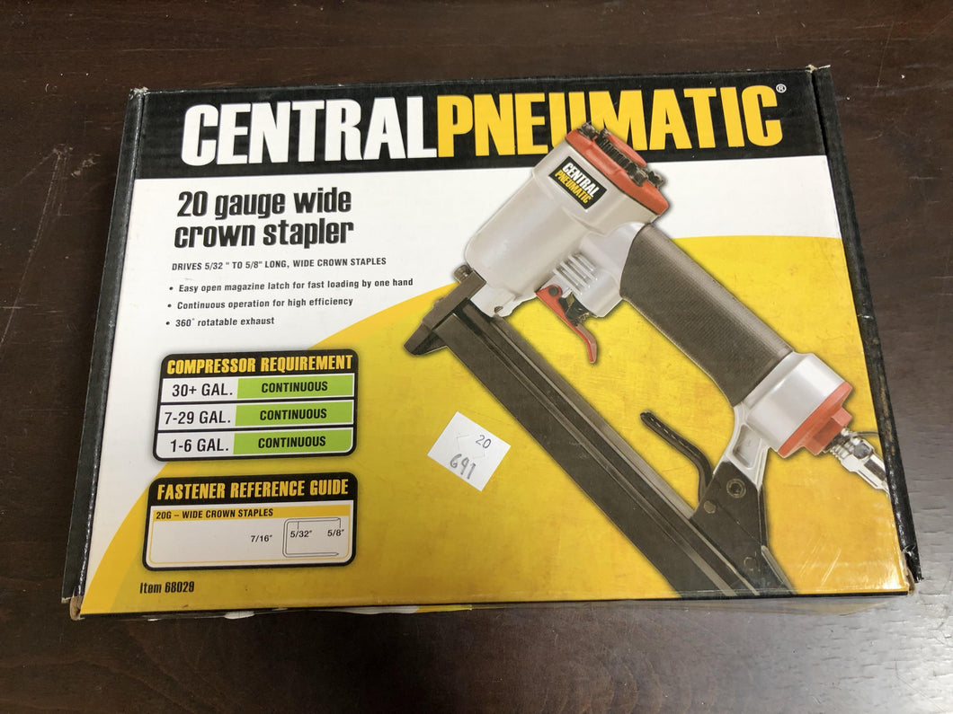 Central Pneumatic 20 gauge wide crown stapler (#68029)