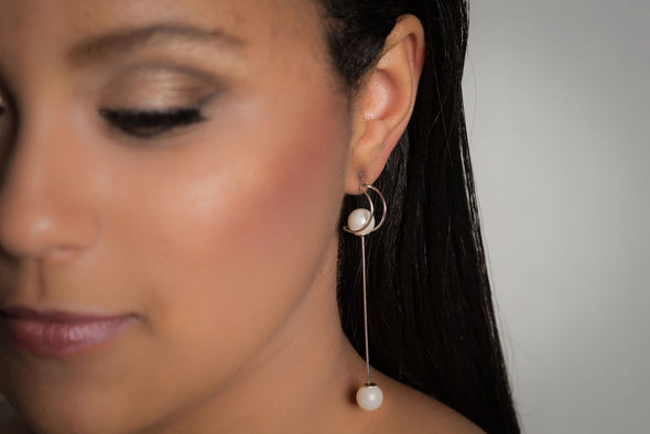 Belgravia, sterling silver pearl earrings.
