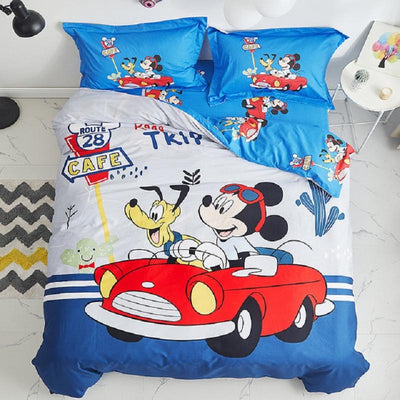 Mickey Kiss Minnie Bedding Set-E