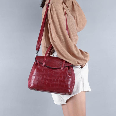 Women PU Leather Solid Rivet Handbag - Handbag - ustreetstyle