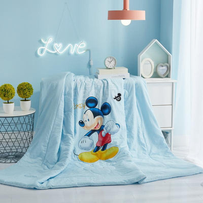 Summer Mickey and Minnie Quilt -  - ustreetstyle