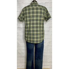 Load image into Gallery viewer, Crosshatch Slub Faded Olive Button Up