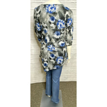 Load image into Gallery viewer, Royal Diagonal Floral Knit