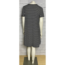 Load image into Gallery viewer, Button Detail Striped Short Sleeve Dress