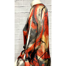 Load image into Gallery viewer, Silky Abstract Blouse