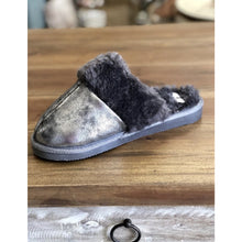 Load image into Gallery viewer, Corky's Snooze Slipper - Pewter