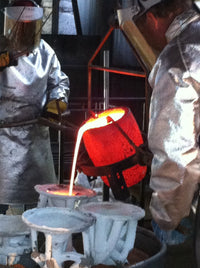bronze pouring foundry work