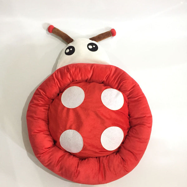 High Quality Pet Bed Beetle Design (Red)