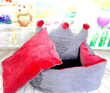 High Quality Pet Dog Cat Luxurious Princess Crown Design Bed (Medium) 58x48x30cm