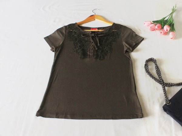 High Quality Women Embroidered Short Sleeves Shirt (Green)