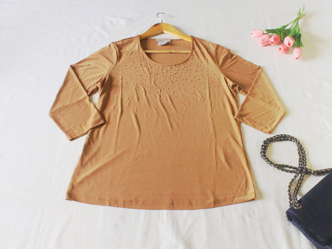 High Quality European Style Women Long Sleeves Plus Size with Crystals Accent (Nude)