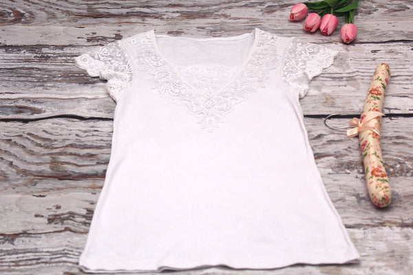 High Quality Women Casual Short Sleeves  Embroidered Lace Design (White)
