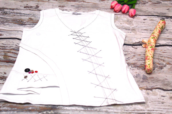 High Quality  European Style Women Sleeveless Patched design (White)