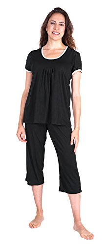 New - Wicking Pleated T-Shirt Capri Set