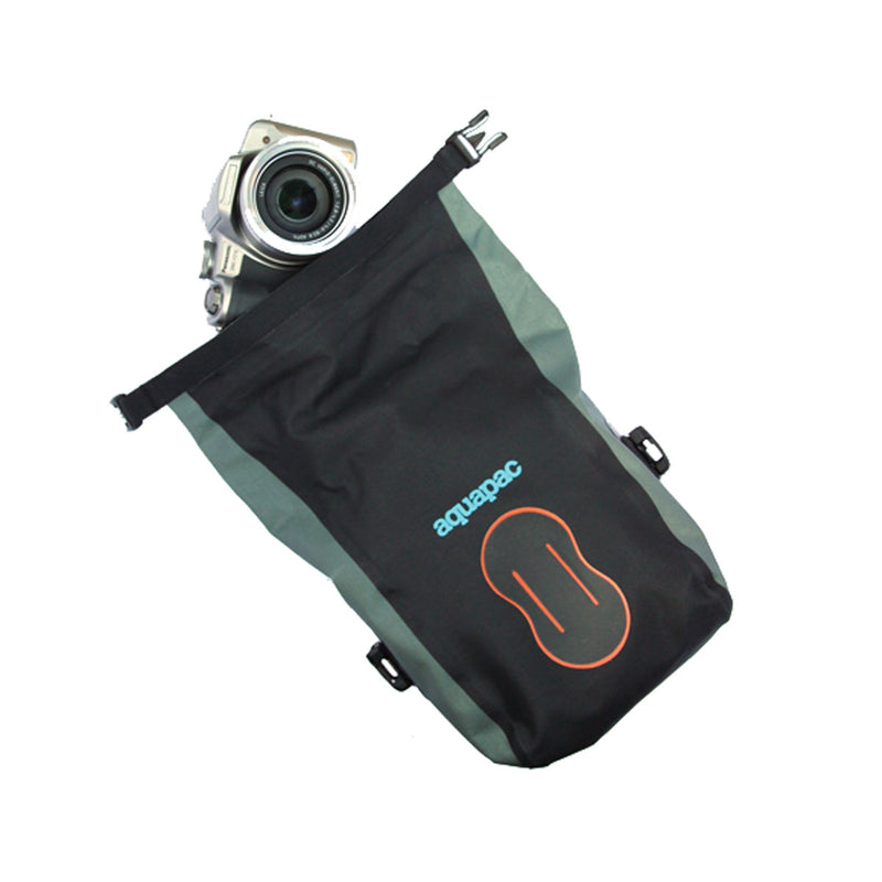 Stormproof Medium Camera Pouch