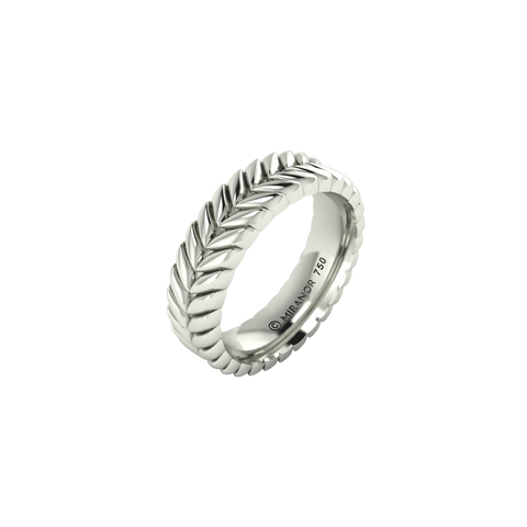 18 karat white gold Sway 5.5 ring