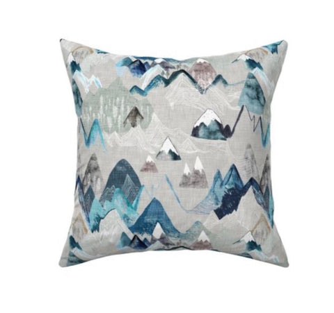Call of the Mountains Decor Pillow Cover