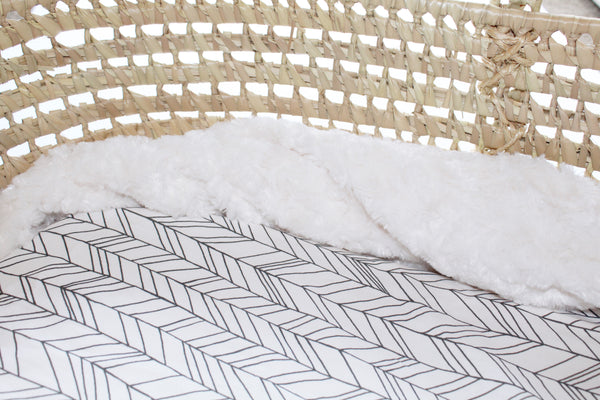 Featherland Bassinet Sheet