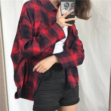 Load image into Gallery viewer, Plaid Vintage Shirts
