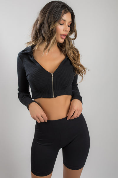 ZIP IT UP CROP