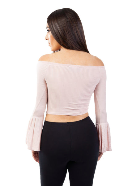 crop top with sleeves
