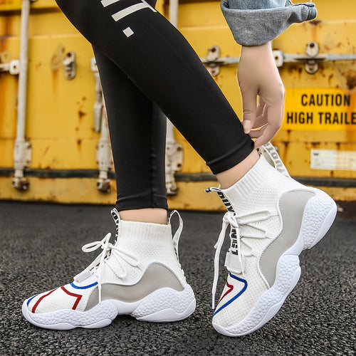 New Winter Shoes Women Keep Warm Short Plush Fashion Sneakers Ankle Boots Casual Platform Shoes Black White Baskets
