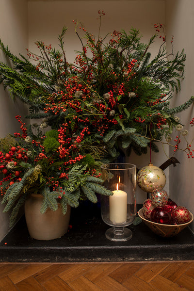 Festive floral tips from Kally Ellis, founder of McQueens Flowers   |   Those in the know, know what to give