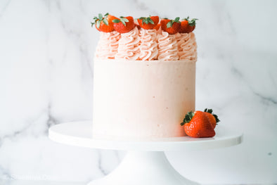 Strawberry & Vanilla Cake