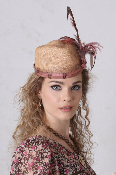 Derby Cap With Feathers