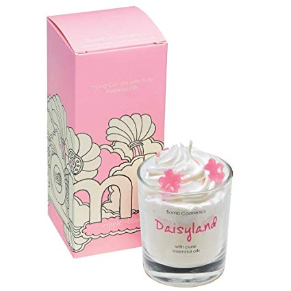 Daisyland Piped Candle