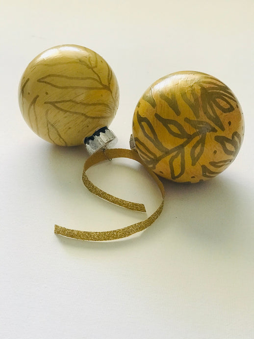 yellow + gold holiday bauble