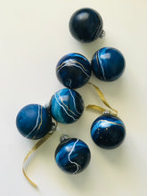 Load image into Gallery viewer, blue + gold holiday bauble
