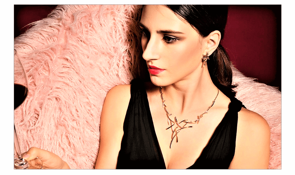 Silver cross layer necklace