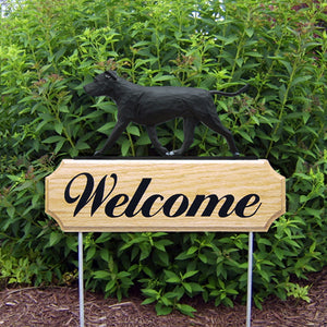 American Staffordshire Terrier (natural) DIG Welcome Stake