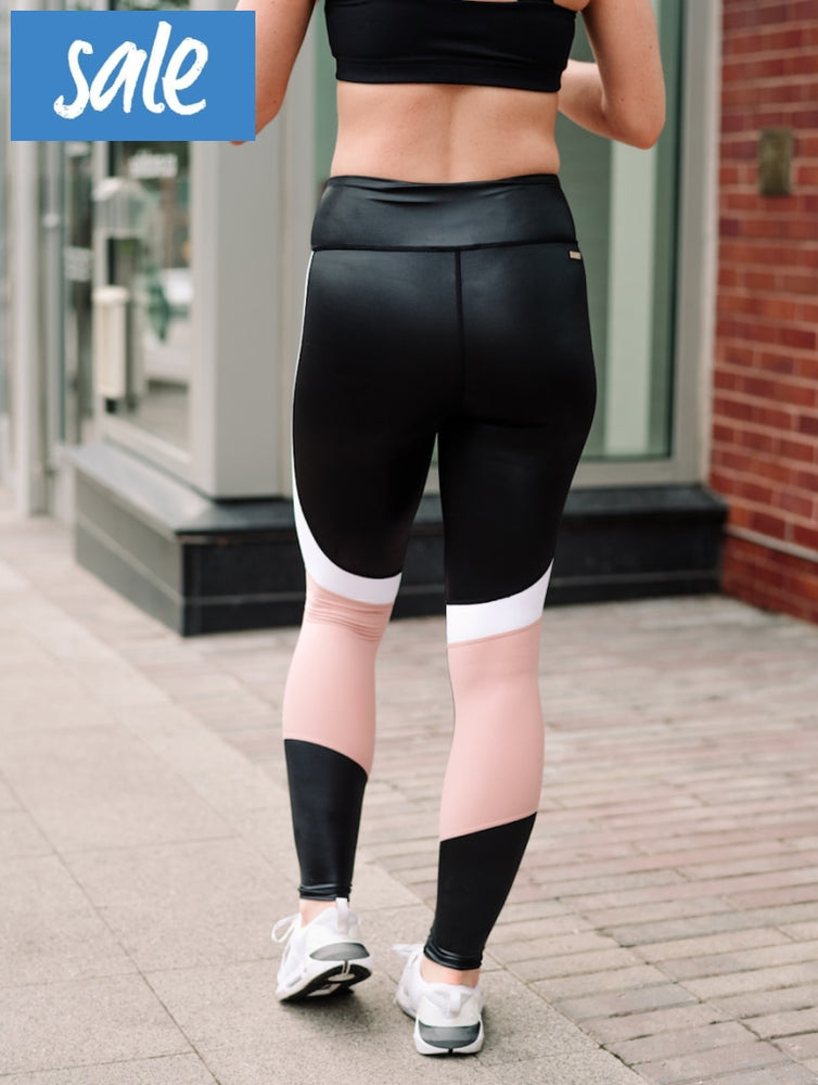 Alala Vamp Tight - Black/Rose