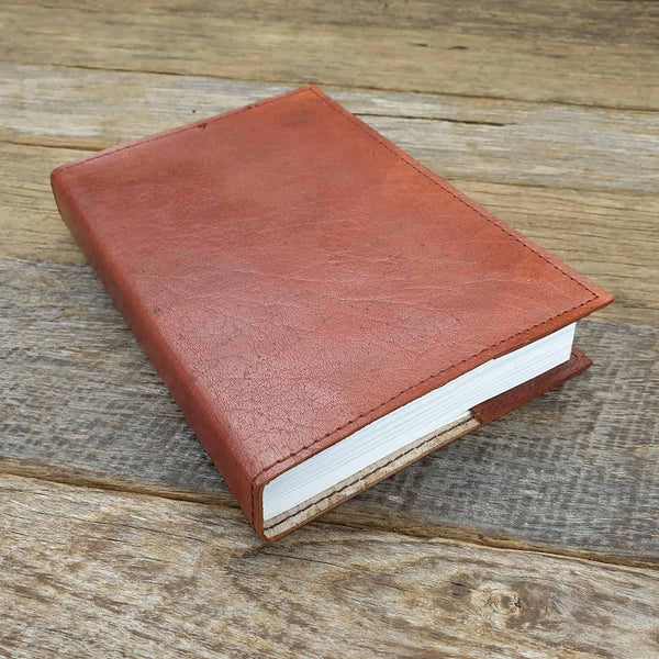 The Saddler Medium Handmade Lined Leather Journal - The Leather Trading Co.