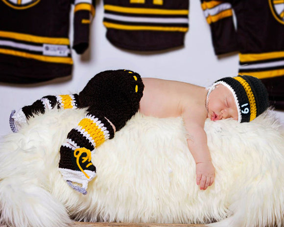Crochet Baby Boy Boston Bruins Hockey Newborn Photography