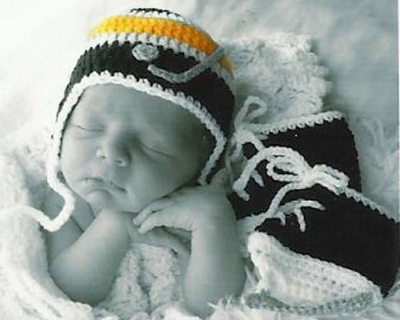 Baby Boy Crochet Bruins or Penguins Hockey Hat Black Gold & Skates Photo