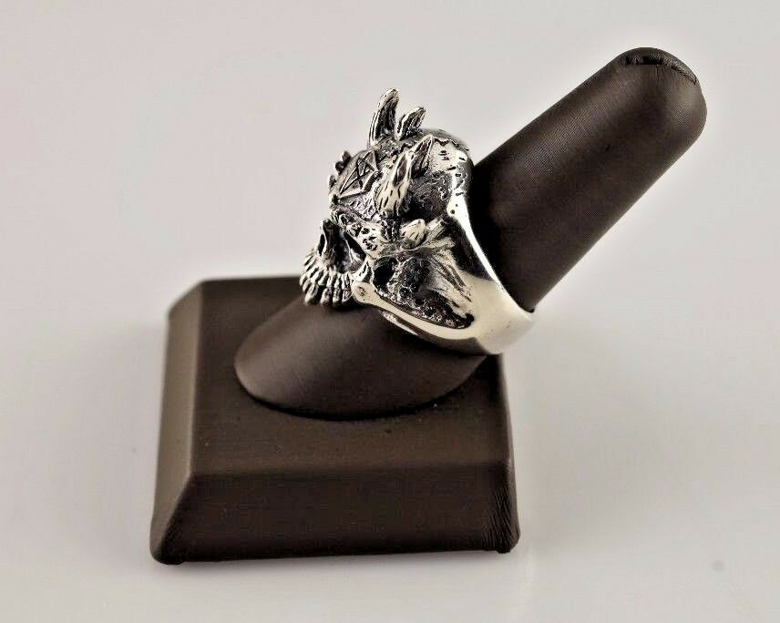 LARGE STERLING .925 SILVER SKULL WITH HORNS MEN'S FASHION RING