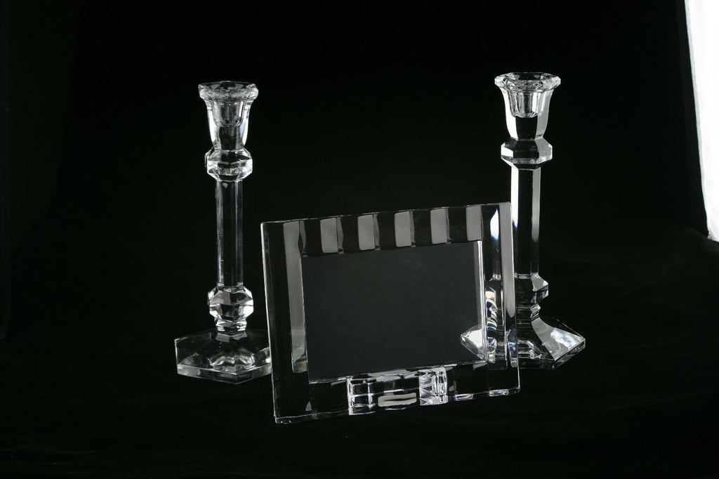MARQUIS BY WATERFORD 4X6 CRYSTAL FRAME MADE IN GERMANY & TWO CANDLE HOLDERS