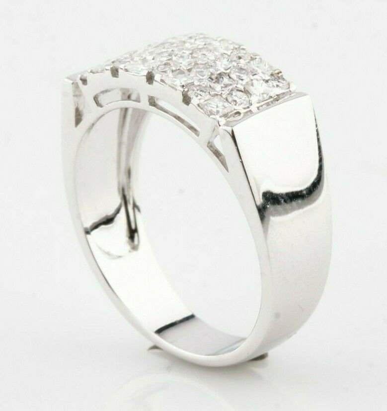 18k White Gold Diamond Plaque Ring TDW = 0.76 ct Size 6.5