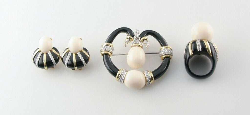 Chalcedony and Diamond 18k Yellow Gold Jewelry Set w/ Ring, Earrings, and Brooch