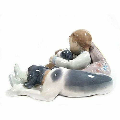 "Lladro #1535 ""Sweet Dreams"" Young Boy Sleeping with Puppies & Their Mother"