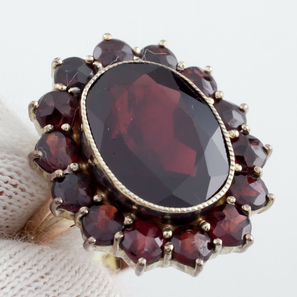 14k Yellow Gold Oval Cut Garnet Ring w/ Bezel Size 6 H&A Germany